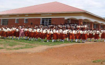 """Bau einer Fachoberschule für Krankenpflege und Hebammen beim """"Bishop Caesar Asili Hospital"""" von Luweero – Uganda"""